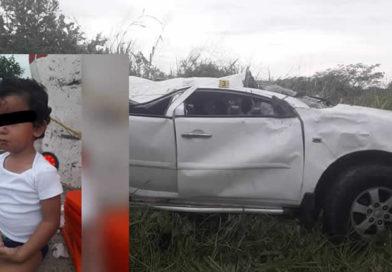Menor sobrevive a un accidente en la autopista Tepic-Villa Unión