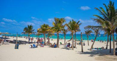 Sancionarán hasta con un millón de pesos a quienes prohíban el tránsito libre en playas mexicanas