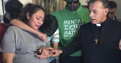 Mexicana embarazada se refugia en iglesia de EU para no ser deportada