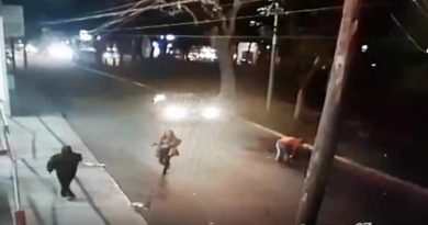 VIDEO: Captan accidente por culpa de bache en la ciudad de Tepic