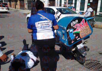Dos motociclistas protagonizan choque sobre la avenida P. Sánchez de Tepic